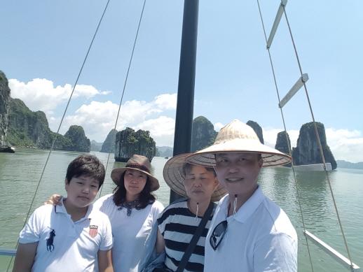 [추천 PHOTO 팡팡] 베트남 배로 여행중 멋진 절경(친절한 강수정 차장님 감사합니다.)